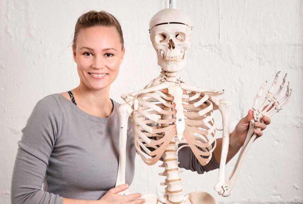 anatomian opettaja Jutta ja Freddy