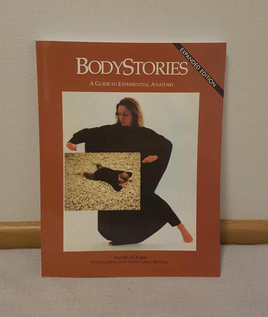 Bodystories on kokemuksellisen anatomian teos.